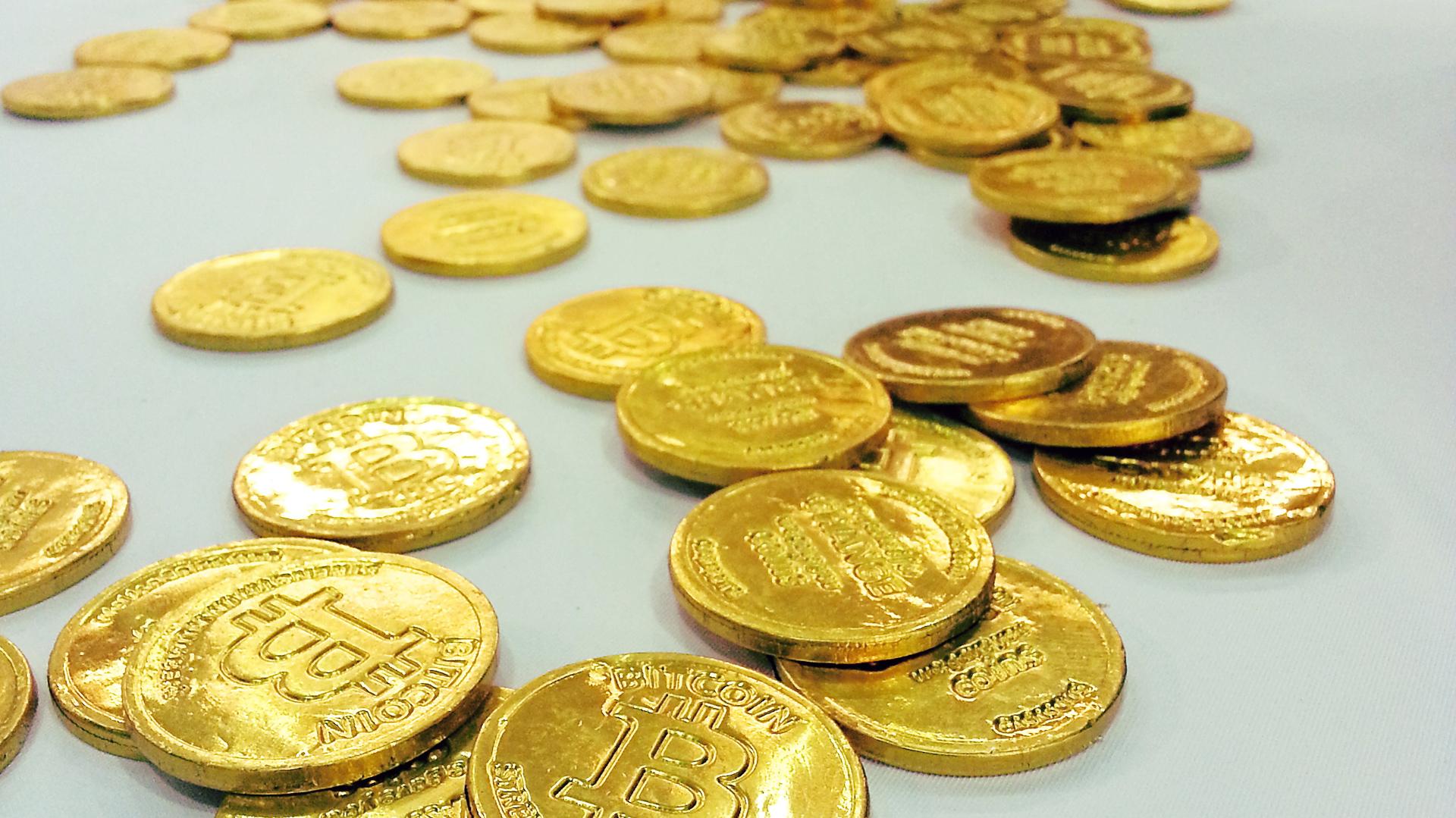 bitcoin orar cum să tranzacționați bitcoin online