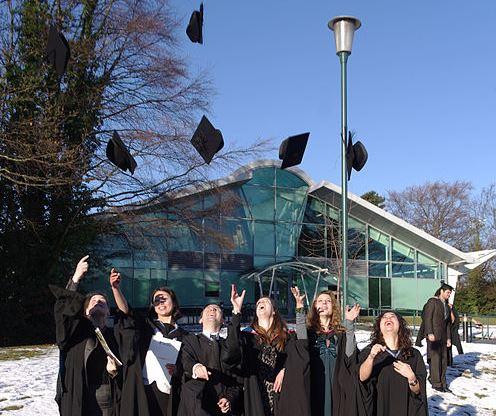 496px-University_Park_MMB_I7_Graduation (1)