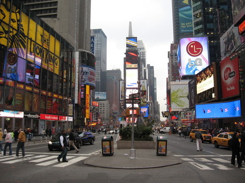 Time_Square_in_NYC,_2007