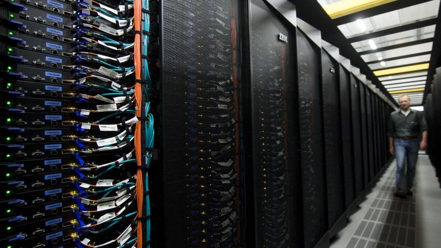 Startschuss fuer den Supercomputer
