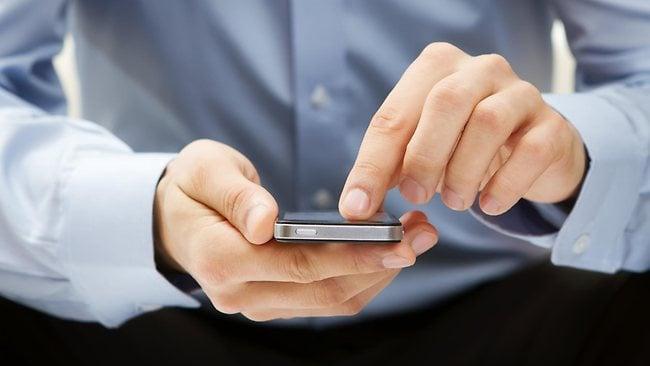 690255-phone-text