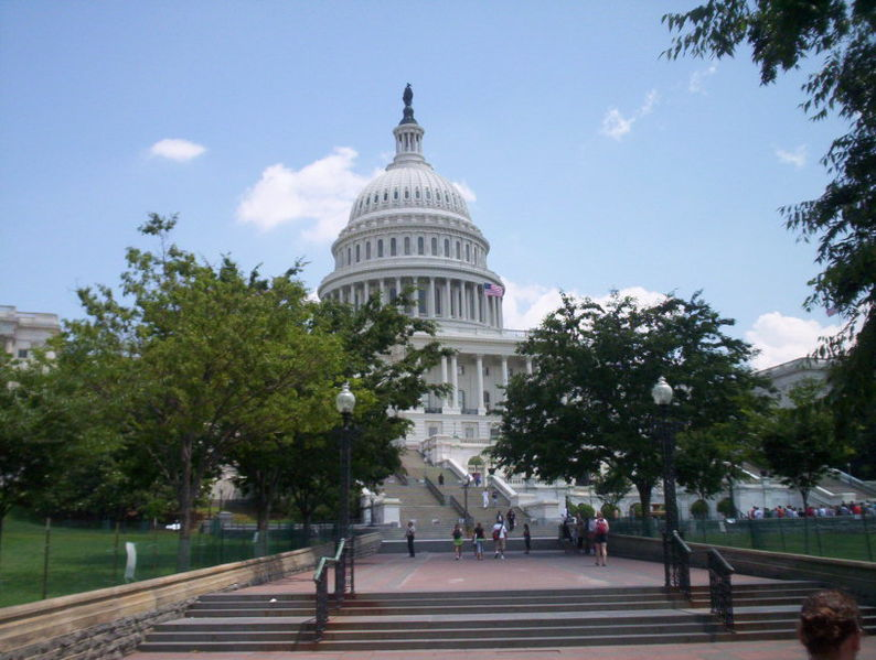 794px-USCapitol2