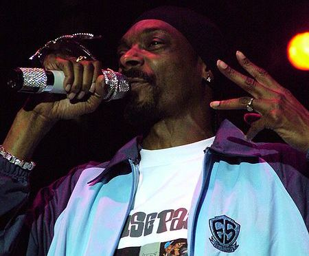 450px-Snoop_Dogg_Live