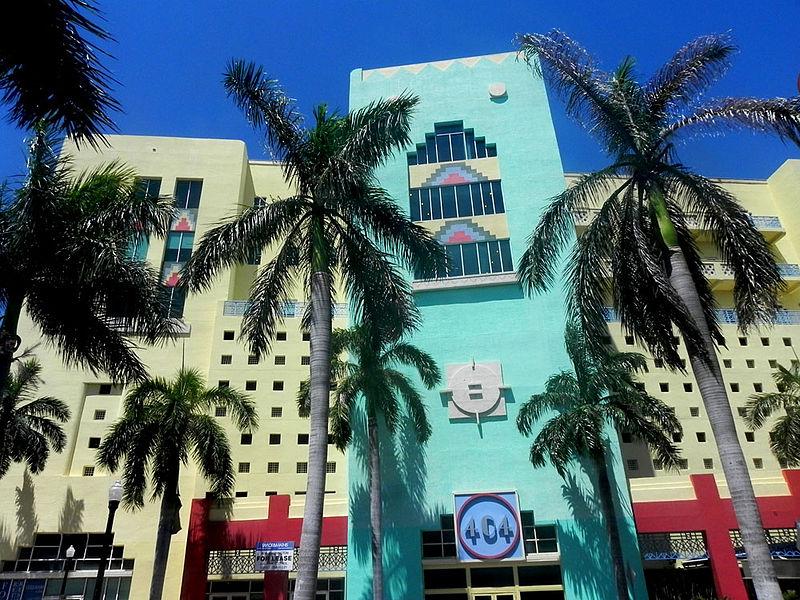 800px-404_Building_-_Miami