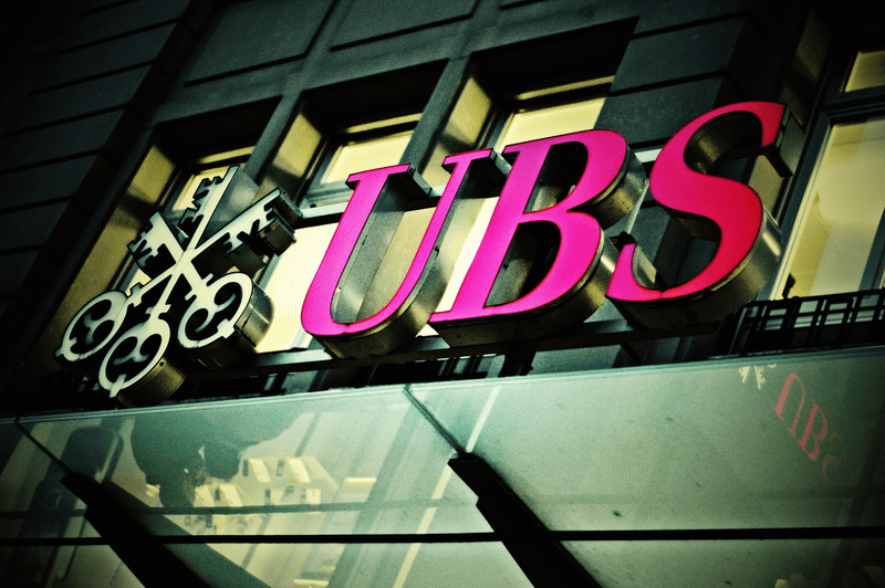 800px-UBS_sign