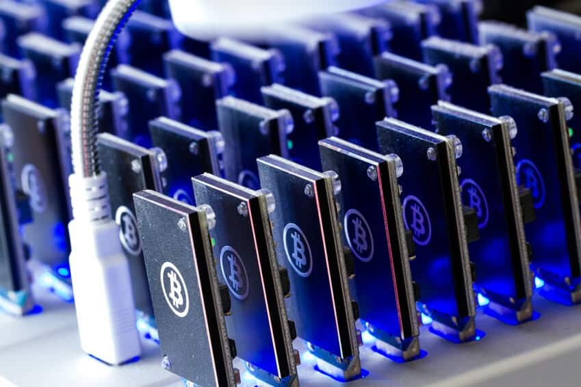 Unprecedented: Bitcoin Mining Network Exceeds 100 PH/s