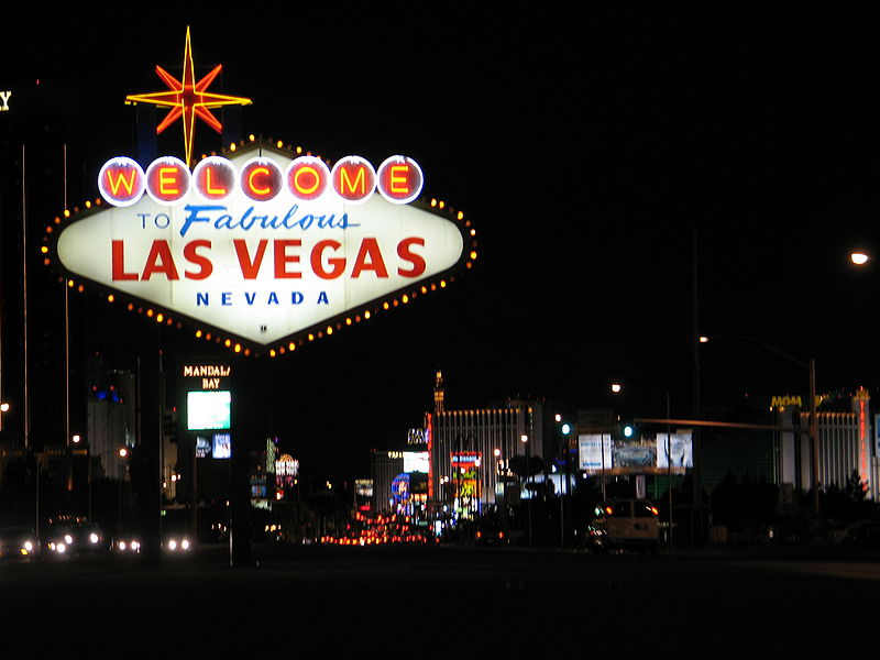 800px-WelcomeToVegasNite