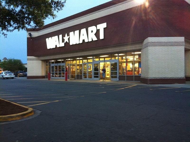 Walmart_(Arboretum)_Charlotte_NC_(6940549133)