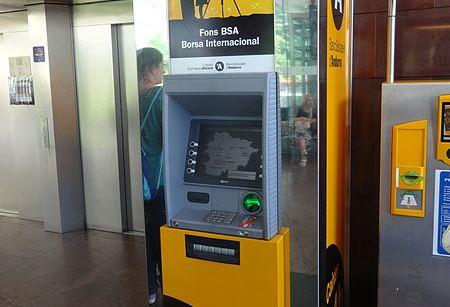 450px-BancSabadell_d'Andorra_-_caixer