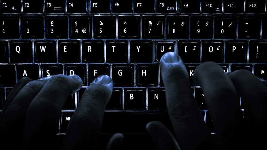 Hacker hacking