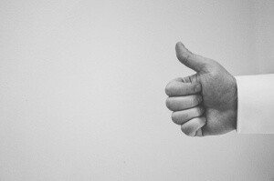 thumbs-up-926080_640