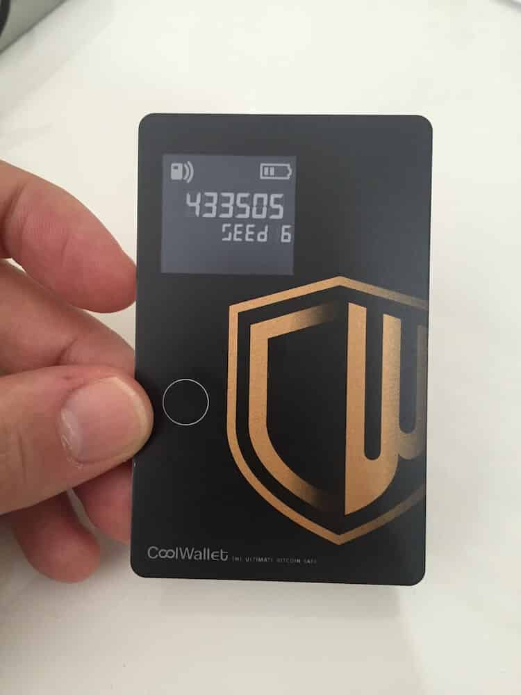 CoolWallet display
